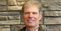 Dr. Derr selected into Mpls./St. Paul Magazine Top Dentist Hall of Fame